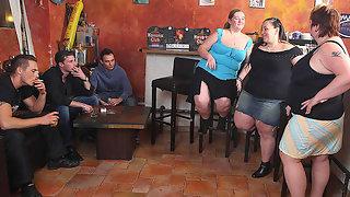 Girls banged in BBW group scene