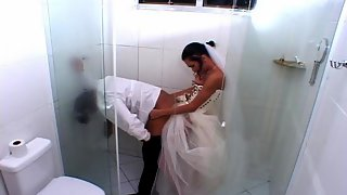 Lewd shemale bride stuffing her rod up groom�s poop chute right in bathroom
