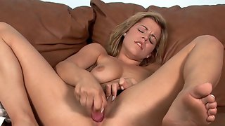 Charlie Lynn Lets Us Know Shes Here!
