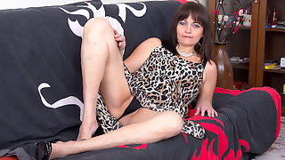 Horny hairy housewife playing with herself