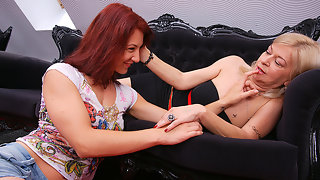 Two horny old and young lesbians make out at home
