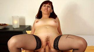 Moaning granny rides hot boner