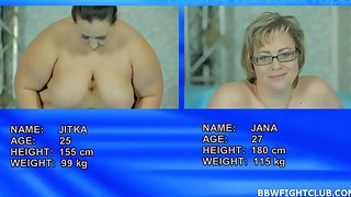Jitka & Diana wrestling