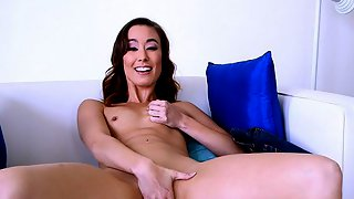 Cock-pleasing Christy