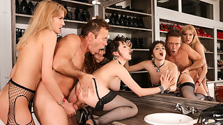 Models Backstage Anal Threesome