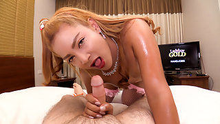 Ning	:	Oil Massage Bareback and Hands Free Cum at Same Time