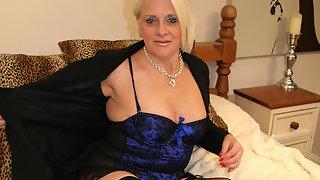 Kinky blonde mature slut fucking a dildo