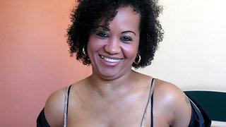 Get wet with hot mature ebony Ana Silvia